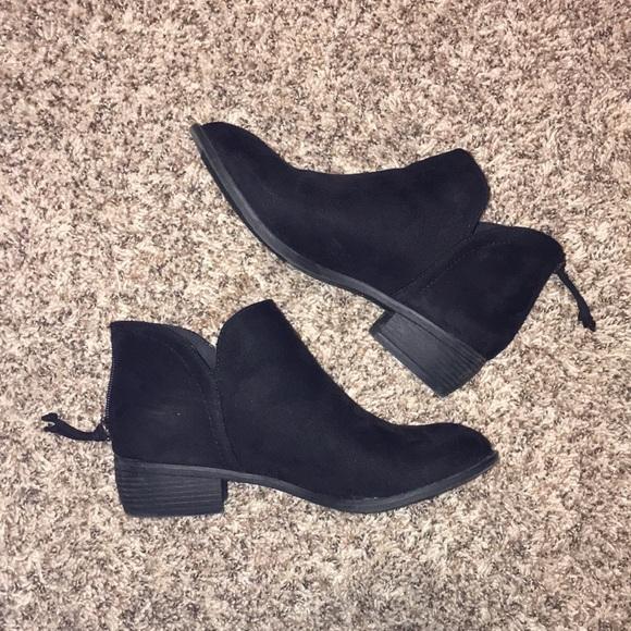 e28a433e113b DSW Shoes - Velvet Boots
